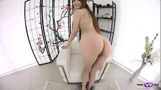 Tmwvrnet.com - elle rose - sweetie orgasms in arm-chair