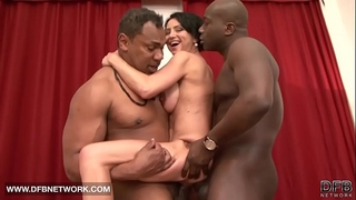 Interracial hardcore aged chick drilled by 2 dark ramrods doublepenetrated anal