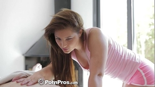 Hd pornpros - euro wife lana receives oiled up