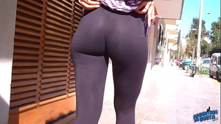 Wow! awesome round arse on the streets! flashin large teats