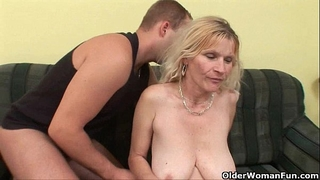 Older mamma with large milk shakes and unshaved twat receives facial